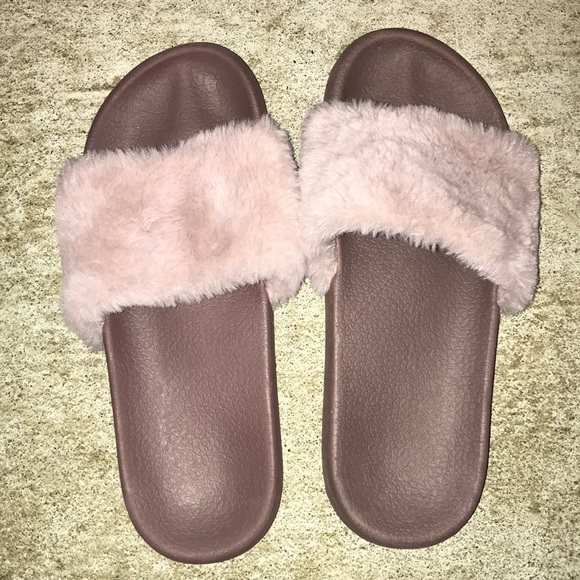Shoes - Purple Fuzzy Slippers 7/8